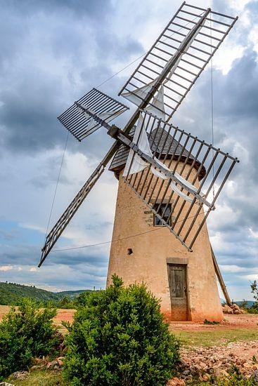 Windmolen in La Couvertoirade, een tempeliers stadje in de Aveyron