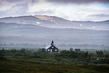 Einsame kleine Kirche von Joke Beers-Blom