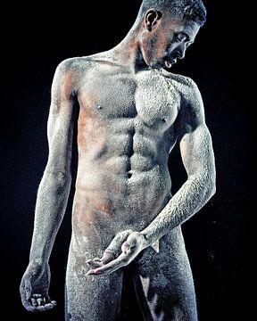 Mann nackt und körperbedeckt unter Stoff #9900 von william langeveld