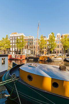 Hausboote in Amsterdam von Werner Dieterich