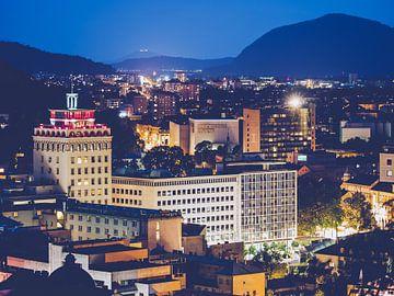 Ljubljana bei Nacht / Nebotičnik von Alexander Voss