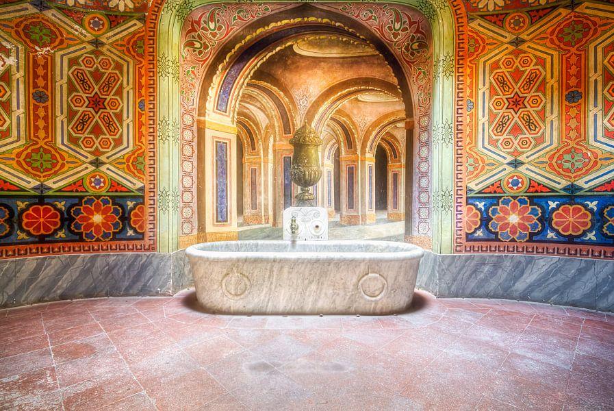 Illusie in bad van Roman Robroek