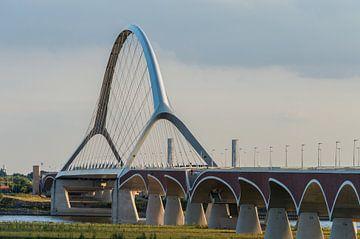 Die Überfahrt bei Nijmegen von Patrick Verhoef
