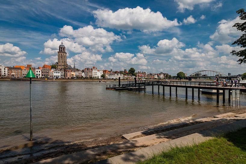 Skyline Deventer met de IJssel van VOSbeeld fotografie