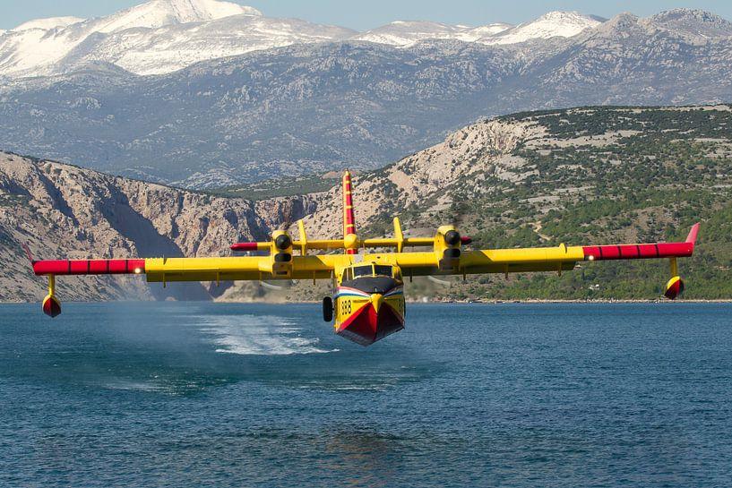 Kroatische Luchtmacht CL-415 Superscooper van Dirk Jan de Ridder
