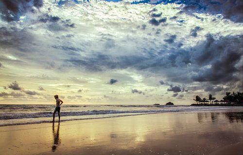 Kai Bae Beach Reflectie, Koh Chang, Thailand