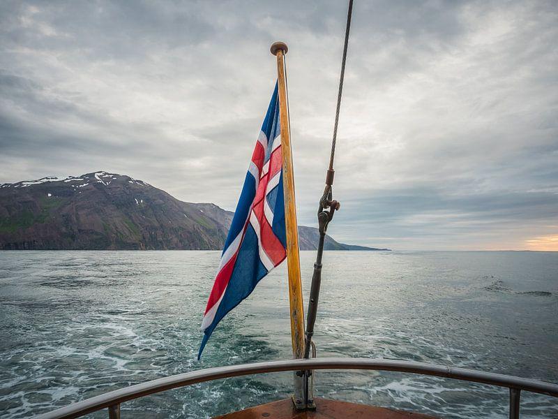 Iceland's pride van shotbylex