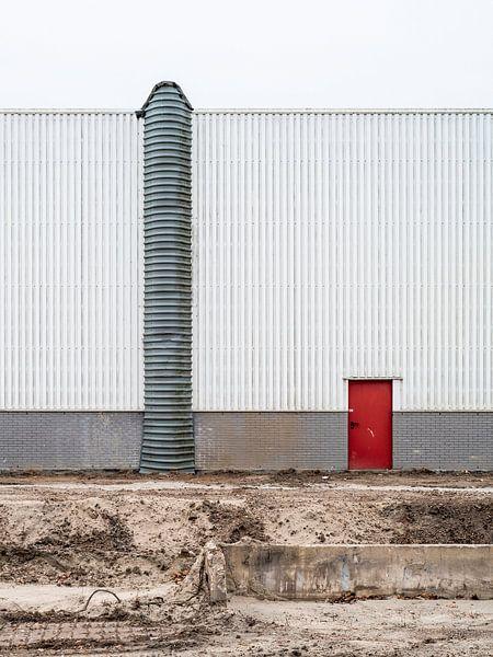 Rode deur van Cor Ritmeester
