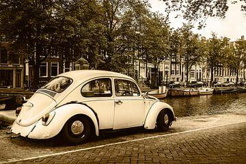 Alte Volkswagen Käver in Amsterdam von Martin Bergsma