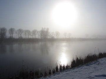 Rustiek winterlandschap aan het kanaal van Nicky`s Prints