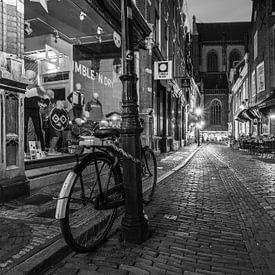 Down on the Street van Scott McQuaide