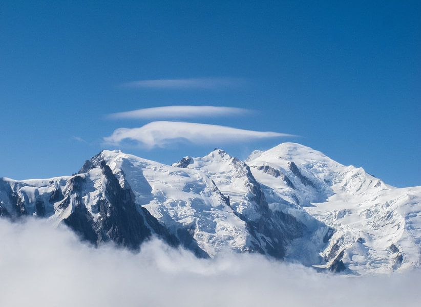 Lenticular Clouds Above Mt. Blanc sur menno visser