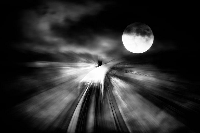 Full Moon Journey von Holger Debek