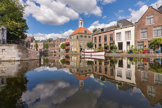 Zomer bij het Zakkendragershuisje in Schiedam