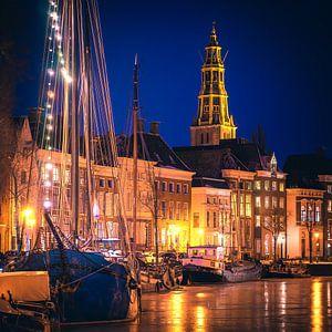 High der A und die A-Kirche bei Nacht von Hessel de Jong