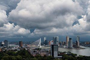 Wolken boven de stad   Rotterdam
