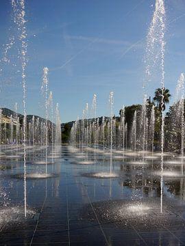 Fonteinen in Nice van Paula van der Horst