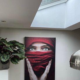 Klantfoto: Arabische roos (Steve Mcurry inspiratie) (gezien bij vtwonen) van Elianne van Turennout, op canvas