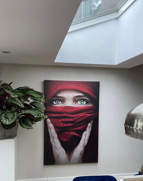 Klantfoto: Arabische roos (Steve Mcurry inspiratie) (gezien bij vtwonen) van Elianne van Turennout