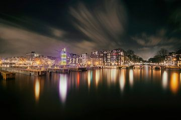Amstelsluizen bij de Amstelrivier in Amsterdam  van Ardi Mulder