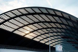 Arcitectuur - Amsterdam overkapping busterminal bij centraal station van