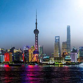 Shanghai bij dag en nacht van mitevisuals