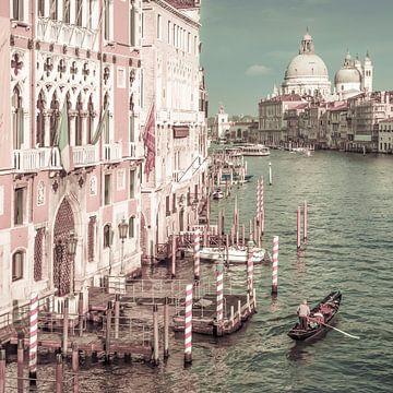 VENICE Grand Canal & Santa Maria della Salute | urban vintage style van Melanie Viola
