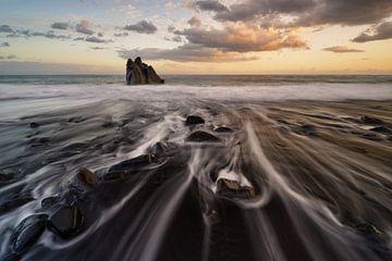 Op het zwarte strand van Rolf Schnepp