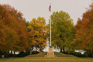 """Margraten Amerikaanse begraafplaats """"de vlag"""". van Onno Alblas"""