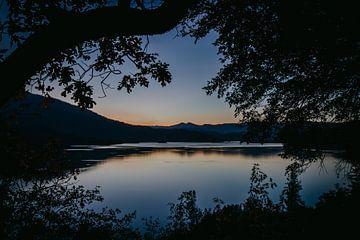 Zonsondergang meer en bergen Whiskeytown von Erwin van Oosterom