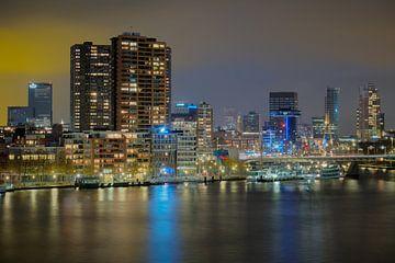 Scheepvaartskwartier in Rotterdam in de avond van