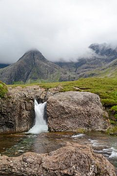 Fairy Pools watervallen op Skye van Tim Vlielander