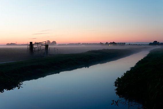 Groningen / Nevelige weilanden bij Dorkwerd / 2013