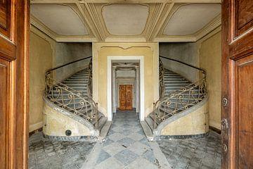 Zwischen den Türen von William Linders