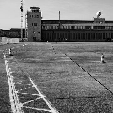 Berlin: Tempelhof von Lynn van Gijzel