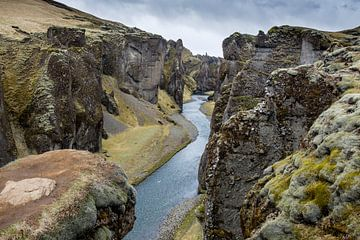 Fjardrarglufur IJsland van Joke Beers-Blom