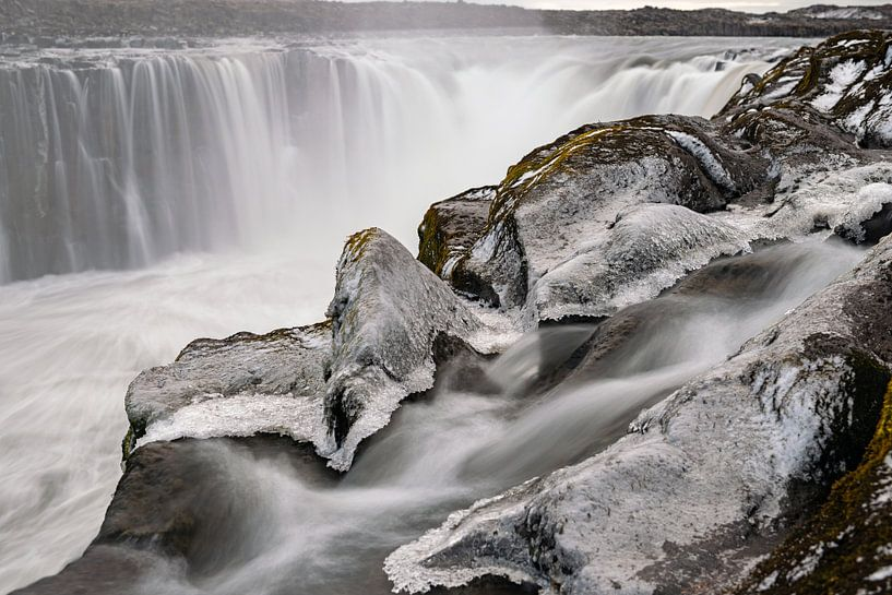 De waterval Selfoss in Noord IJsland van Gerry van Roosmalen