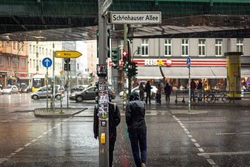 Regen in Berlijn van Julian Buijzen