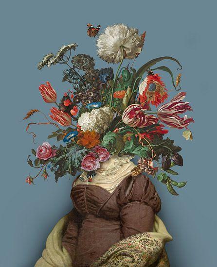Portret van een vrouw met een boeket bloemen (blauwgrijs)