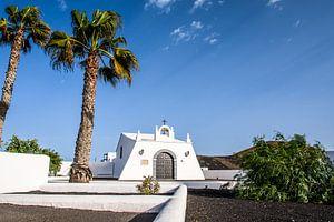 white chapel van Heinz Grates
