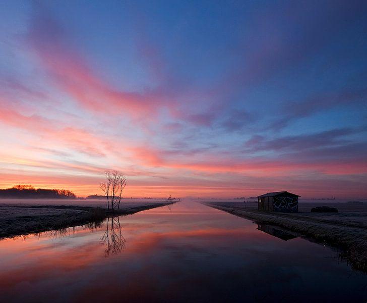 misty morning in the netherlands van Dirk van Egmond