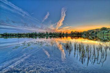 Lake during sunset van Malte Pott