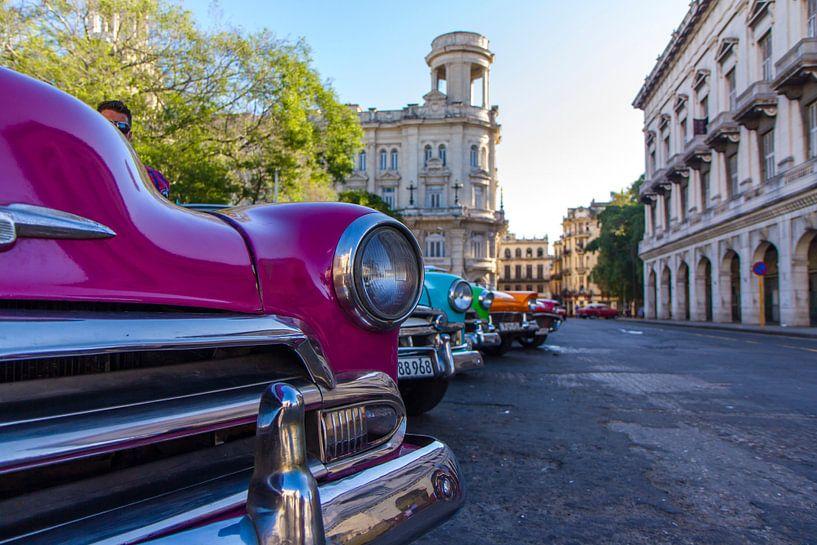Oldtimers in Havana van Rob Altena
