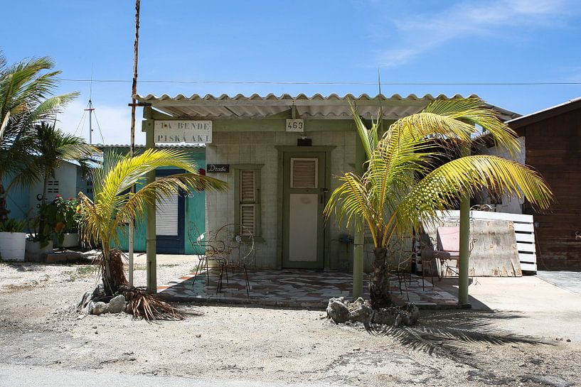 vissershuisje huisje strand curacao van Frans Versteden