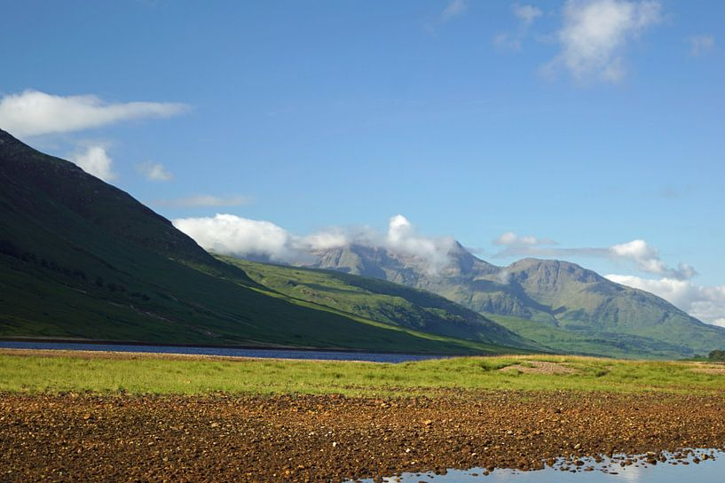 Kleurrijke Glen Etive in Schotland van Babetts Bildergalerie