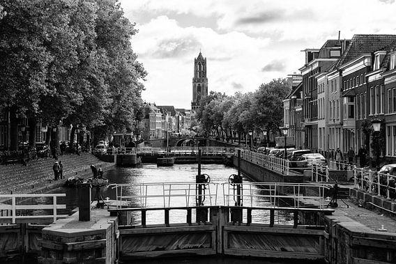 Domtoren Utrecht gezien vanaf de Bemuurde Weerd (1)
