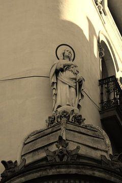 Standbeeld Maria in Barcelona van Tessa Louwerens