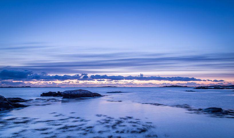 Norway Beach 4 van Tom Opdebeeck