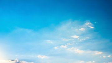 Blauwe lucht van Günter Albers