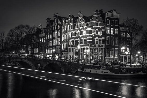 Lichtstrook van Iconic Amsterdam